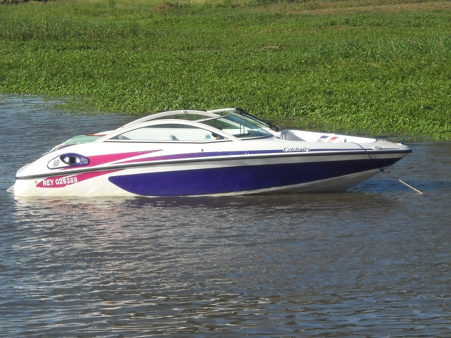 1997 BOMBARDIER CELEBRITY 180 BOAT - Online Auctions